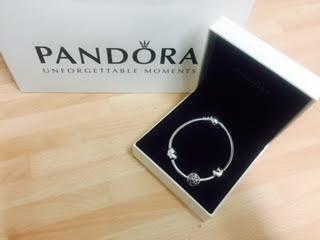 Mo Bracelet gift